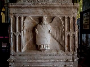 14th century knight's alabaster tomb