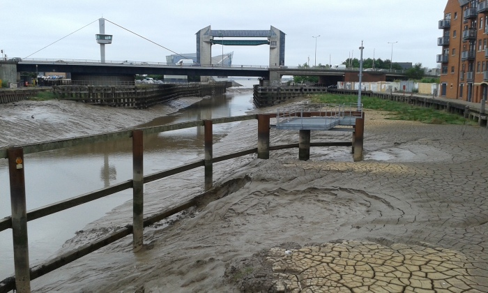 River Hull Mud 2