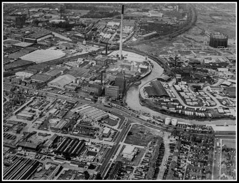 Stoneferry, Bankside and railway Bridge February 11th 1981