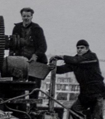 Dismantling Minerva Pier crane 1969 detail