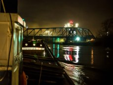 Approaching Boothferry Bridge